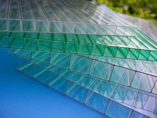 Сотовый поликарбонат: что нужно знать о материале