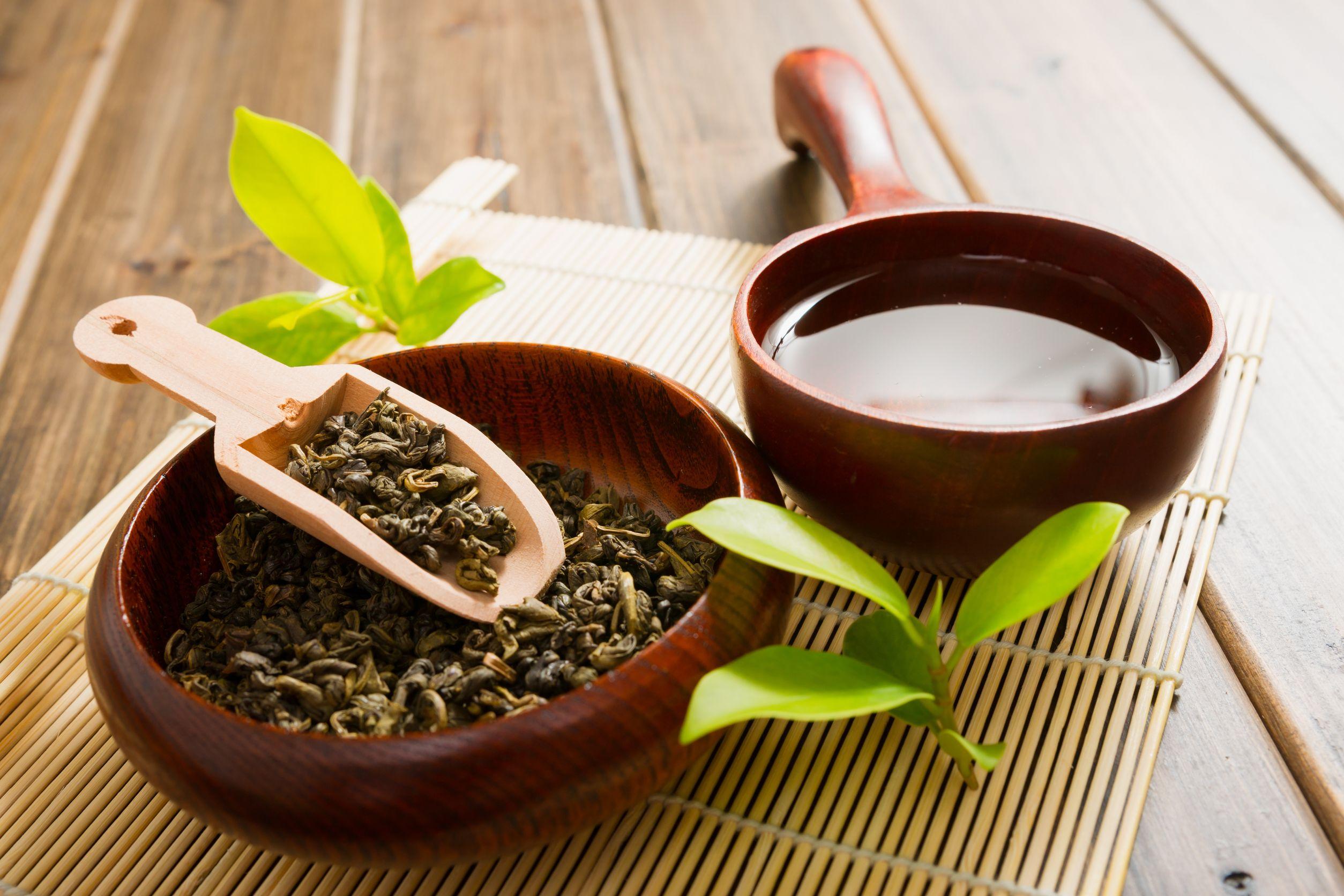 Молочница и монастырский чай
