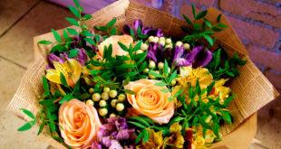 Цветочные композиции для бабушки